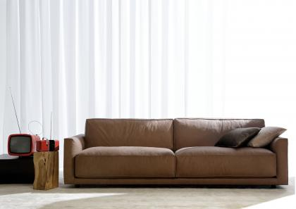 RIBOT LEATHER SOFA
