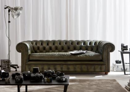 RICHMOND CHESTERFIELD SOFA