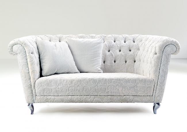 Funny chesterfield sofa upholstered in velvet berto salotti for Funny sofa pictures