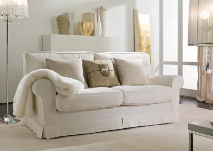 College classic sofa berto salotti - Divani shabby chic ikea ...