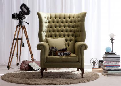 KINGDOM ARMCHAIR